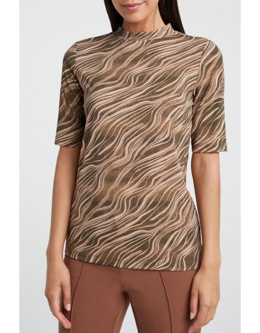 neck T-shirt