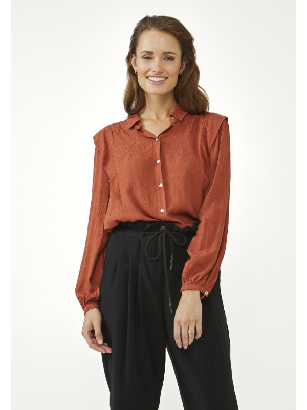 blouse front knot