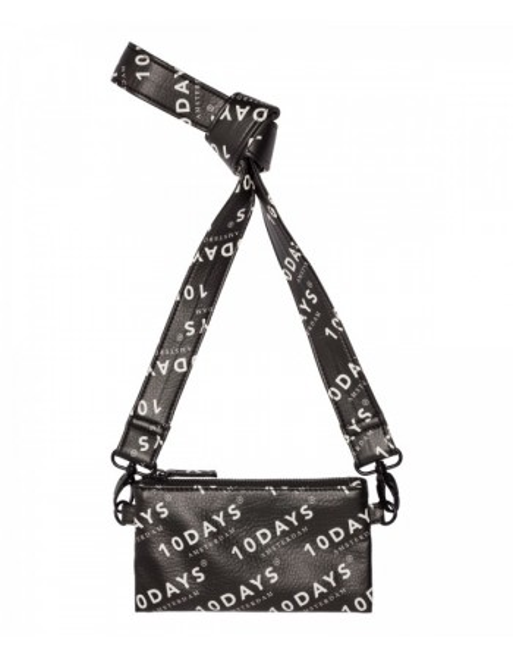 mini pouch logo